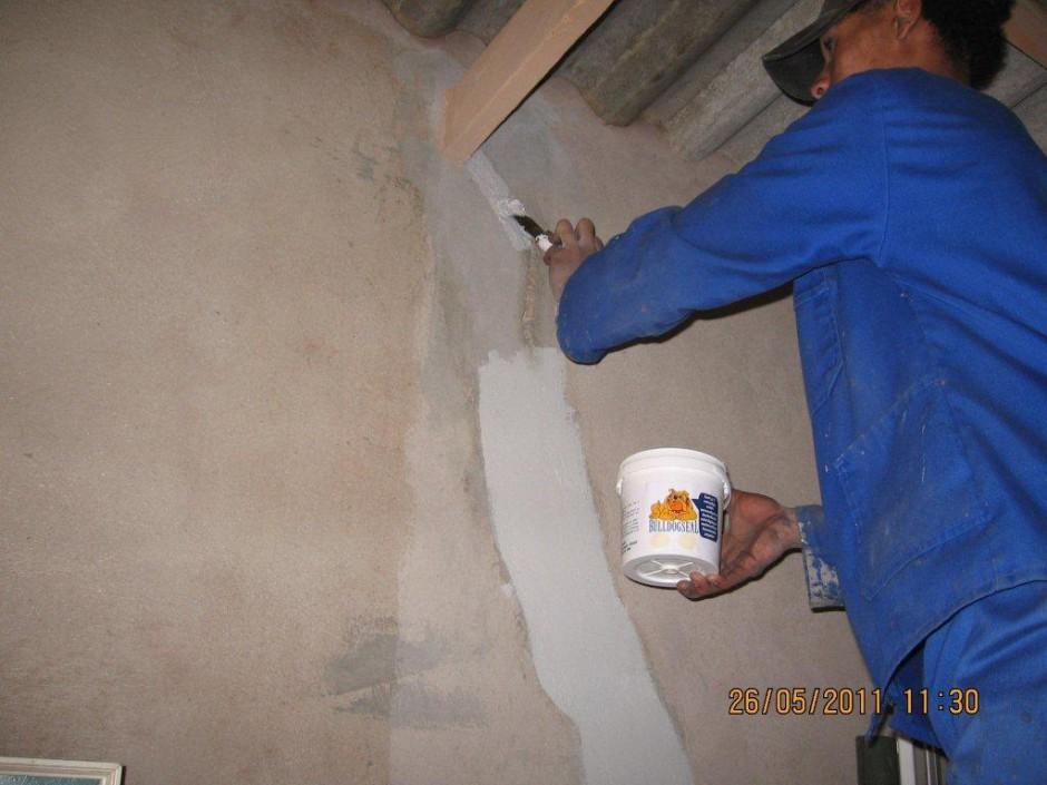 Wall cracks (2)